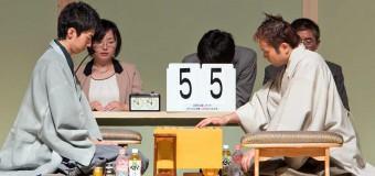 将棋日本シリーズ2014 JTプロ公式戦 一回戦第四局 ▲中村太地六段 - △丸山忠久九段